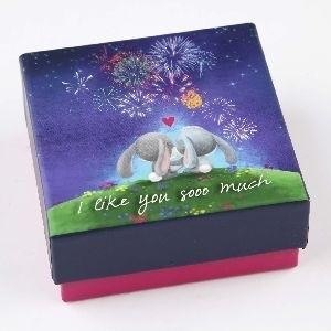 Caja regalo musical 9 x 9 x 4 cm. I Like You Gooo Much